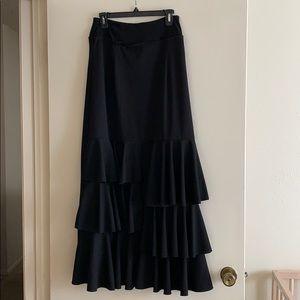 Dresses & Skirts - Beautiful black ruffle skirt